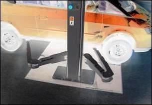 DG-Arms-under-Car-Negative